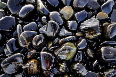 Ko Hingham stones