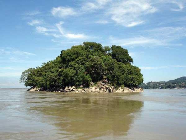 Umananda river island