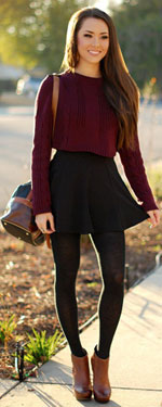 Girl wearing crop top with high-waisted leggings