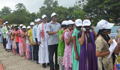 Participants at the Guwahati Blind Walk 2016