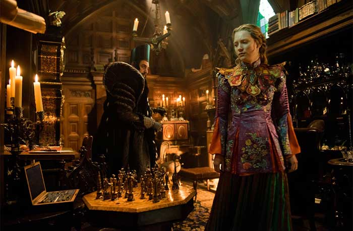 Alice Through The Looking Glass DVD screenshot