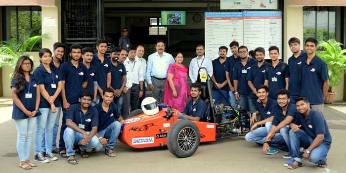 Albert D'Souza with students of St John College of Engineering and Management