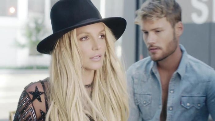 Britney Spears Make Me video screenshot