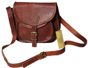 Ladies sling bag in brown leather