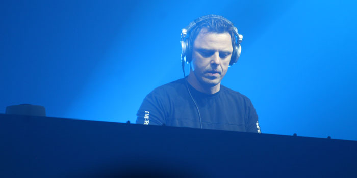 DJ Markus Schulz at the console