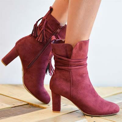 Ankle boots in plum colour