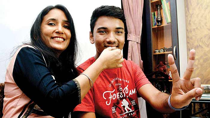 Adree Das with his mother