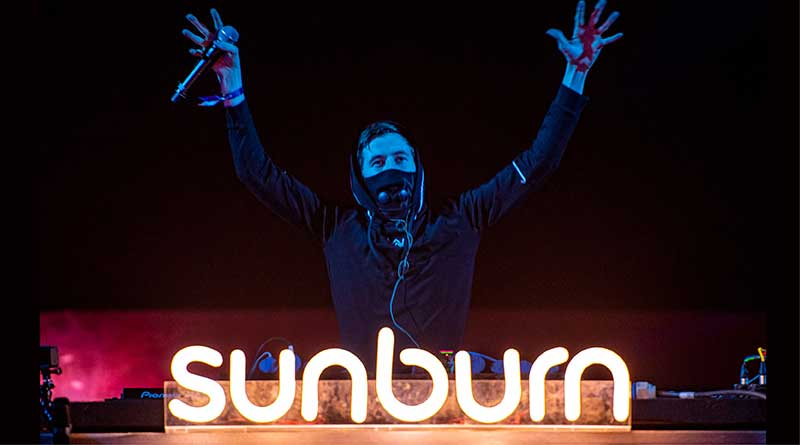 Alan Walker performing at Sunburn 2018