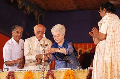 Chiara Lubich on her visit to India