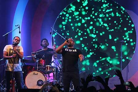 Thaikkudam Bridge performing live at South Side Story in Mumbai