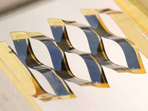 Solar cell inspired by kirigami