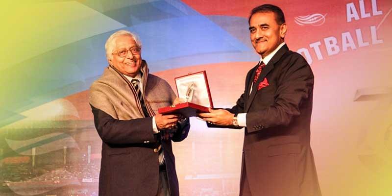 Chuni Goswami with President of AIFF, Praful Patel.